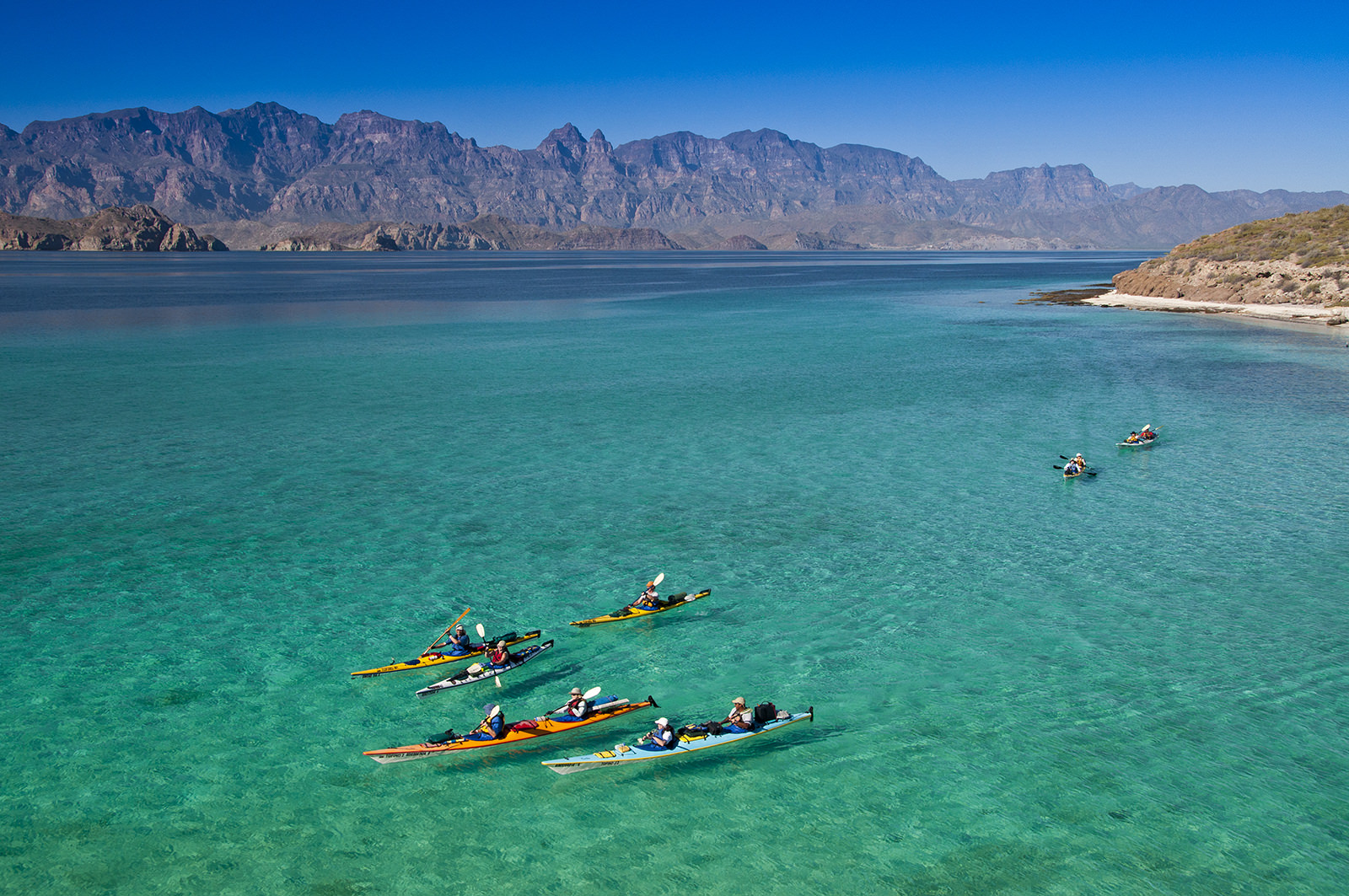 baja-kayakers-loreto-bay