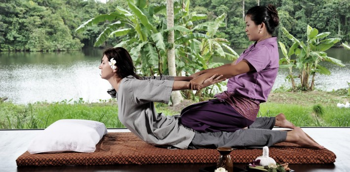 3762Thai-massage