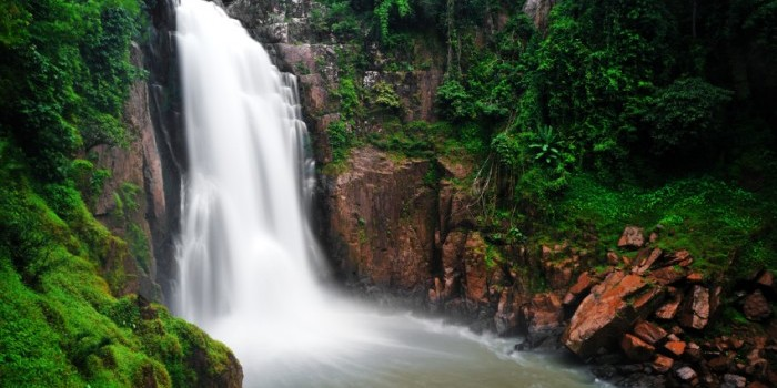 khorat-khao-yai-national-park-heaw-narok-waterfall-700x400
