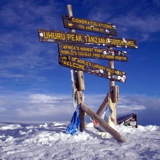 Uhuru_Peak_Mt._Kilimanjaro_2-kopia 2