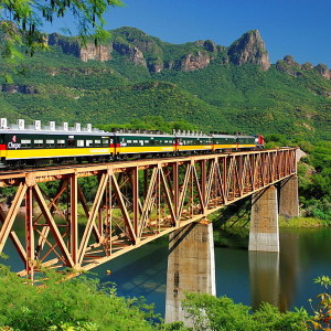 Mexico, Central America, America, Chepe Train, Copper Canyon, Barranca del Cobre, Chihuahua al Pacifico Railroad, rail. Mexico, Central America, America, Chepe Train, Copper Canyon, Barranca del Cobre, Chihuahua al Pacifico Railroad, rail